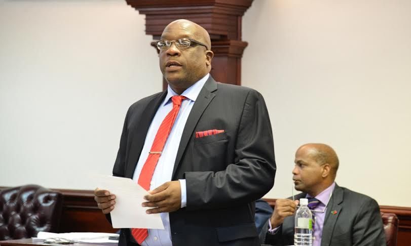Dr Timothy Harris delivers in parliament